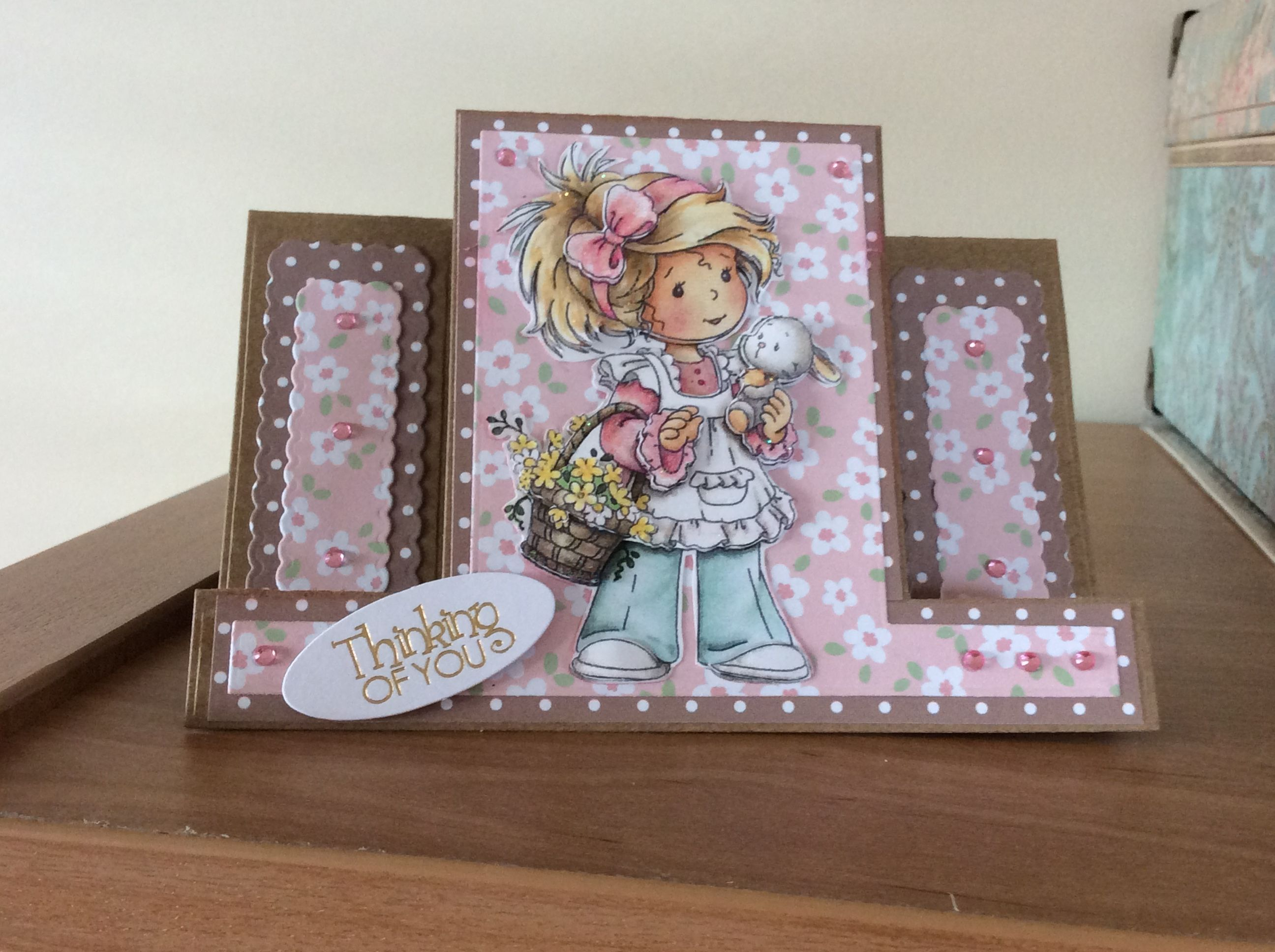 centre stepper card using tattered lace stepper card die