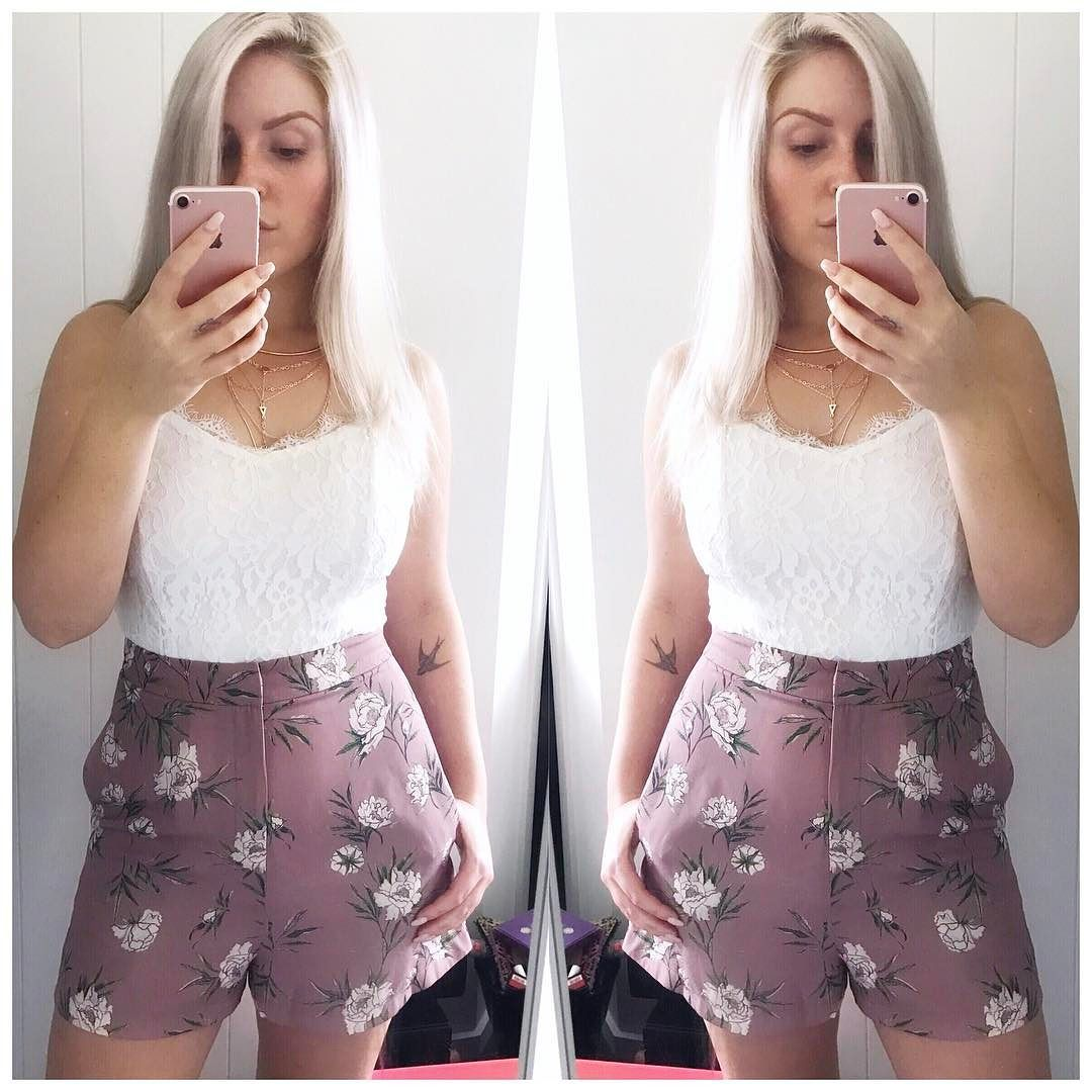 Ootd  shorts from @topshop_nz top from @missguided and necklace from @lovisajewellery  #shaaanxo