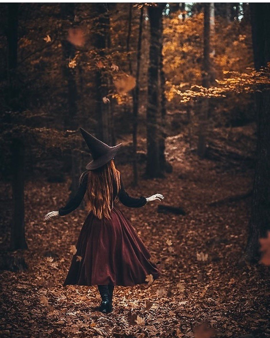 I Love You Witches Autumnvibes Fallvibes Autumn Fall Fallcolors Spooky Spookyseason Spookyoctober Autumn Witch Halloween Photography Witch Photos