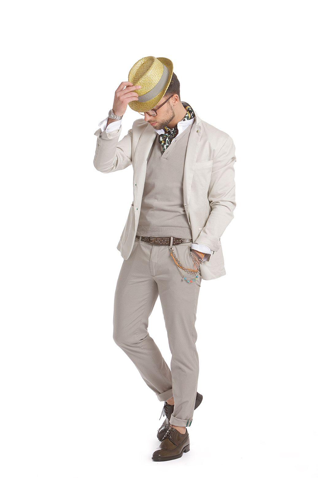 """Per l uomo che ama un abbigliamento """"easy"""" con un tocco di personalità 085c0026cb4"""