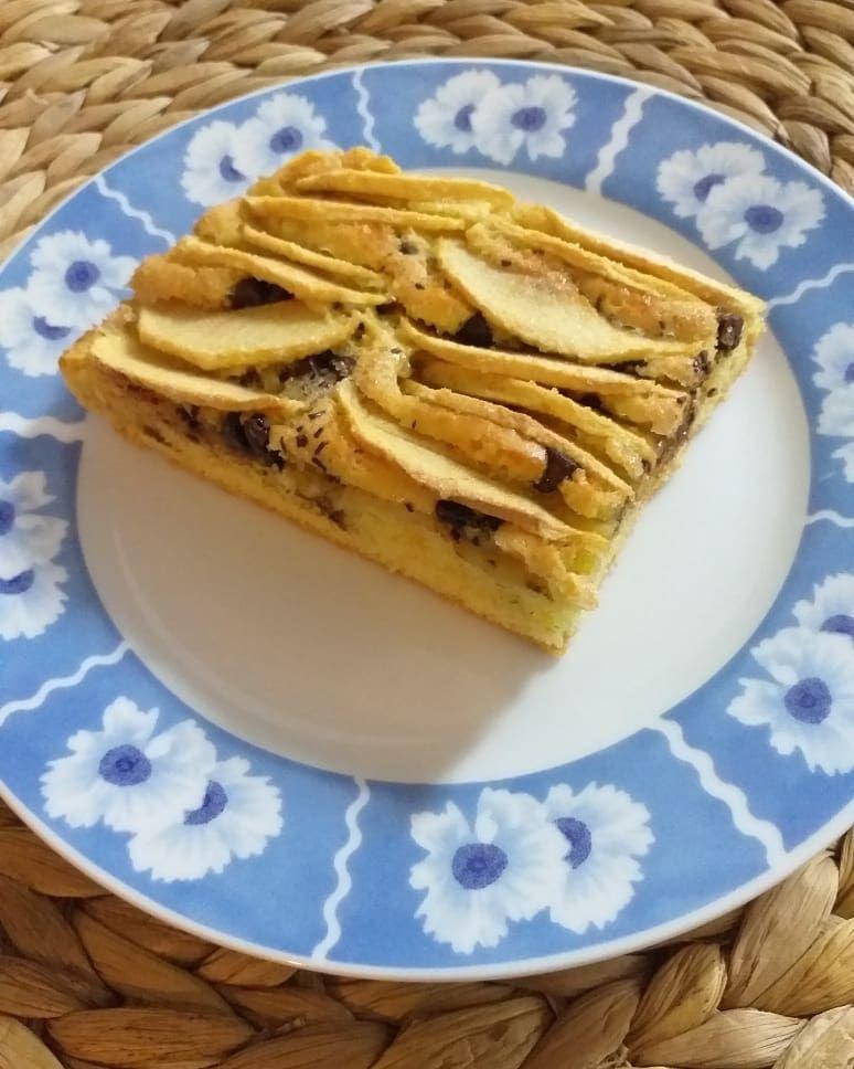 ԵօɾԵɑ ժí ʍҽӀҽ ҽ ցօϲϲҽ ժí ϲíօϲϲօӀɑԵօ 🍰🍎🍫 . . . . . . . . . . . . . .  #tortadimele #tortacasera #dolcifattiincasa #torta #applecake #dessert🍰 #desserts #delicious #dessertporn #foodporn #foodgraphy #foodphoto