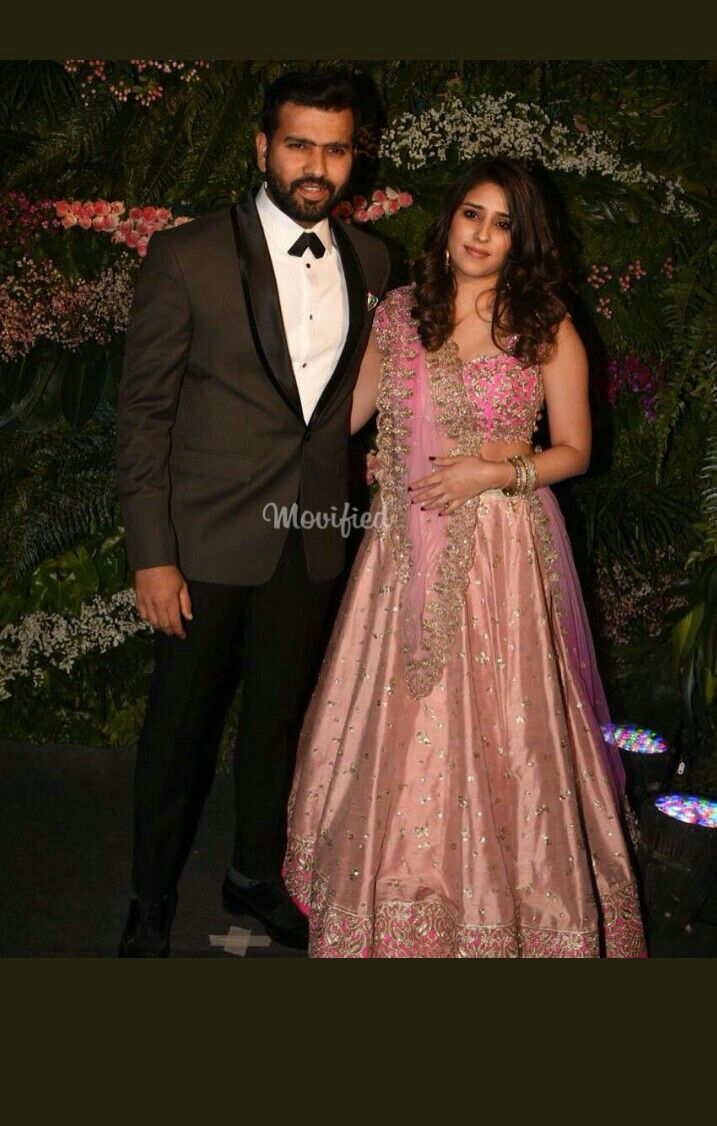 Rohit sharma With his wife at virushka's reception Virat