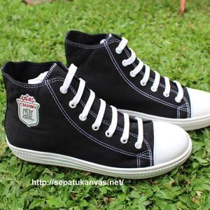 Sepatu Kanvas Middle Warna Hitam Putih Ciarmy Sepatu Converse