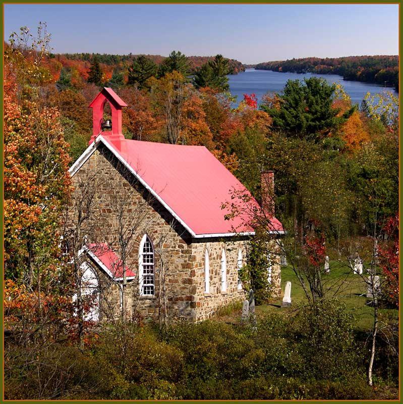 Little church - Saint-Sauveur, Quebec