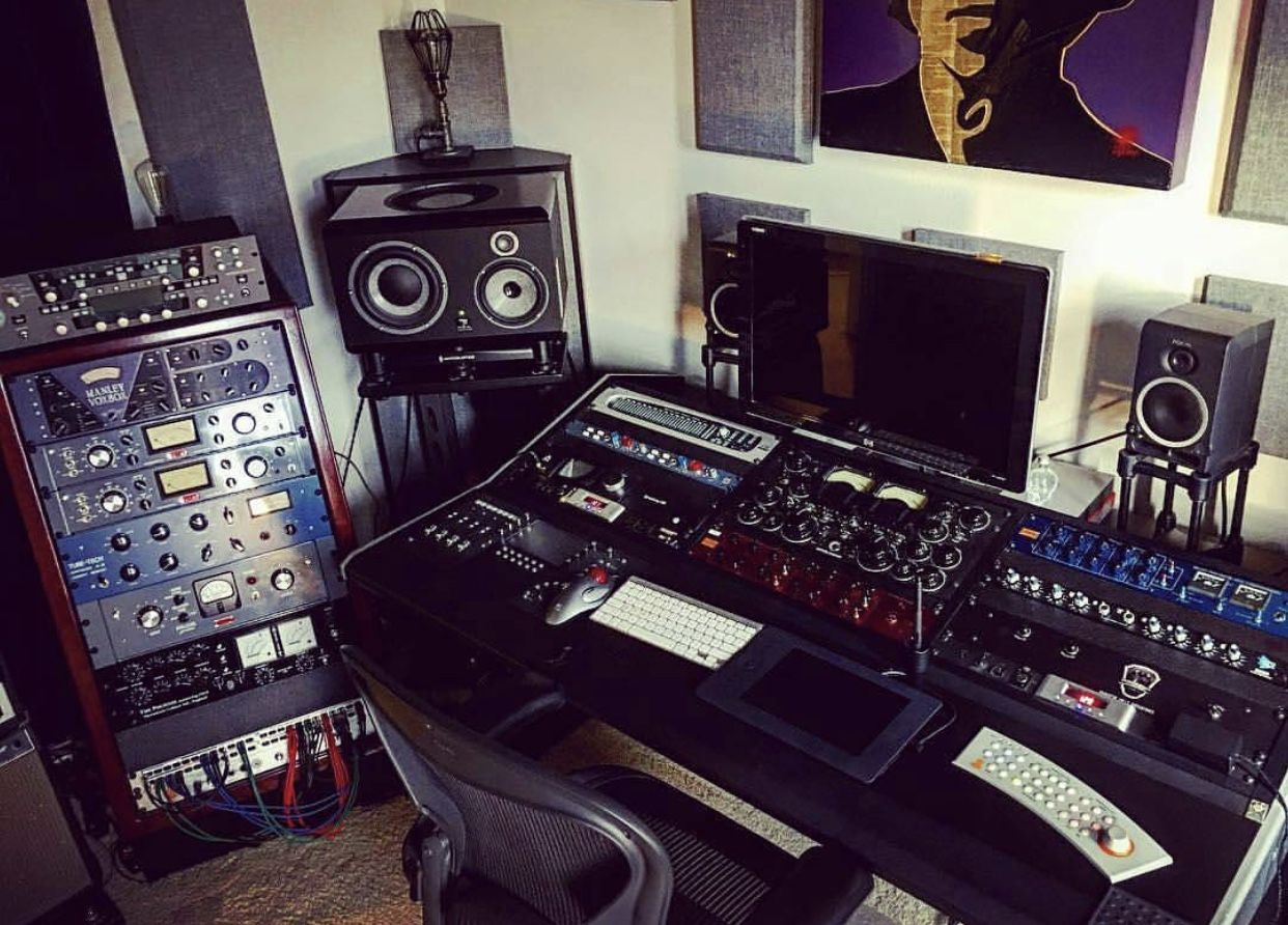 Pin by Mean Gene on COOL RECORDING STUDIO SETUPS | Pinterest ...