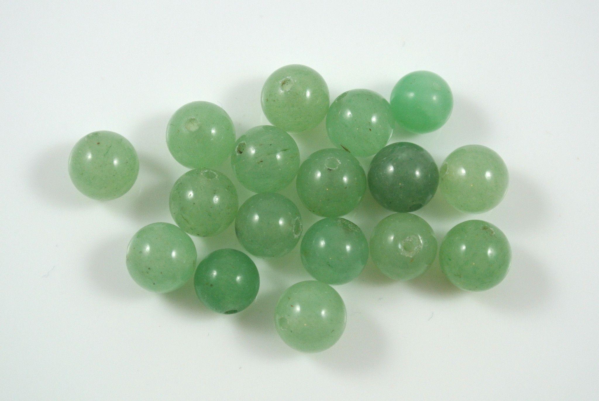 Green Aventurine Round 8mm 17 Beads