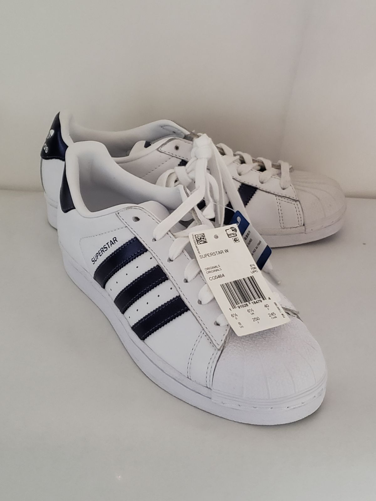 Shoes Contain No Retail Box Shoes Come With Tags Adidas Fashion Sneakers Adidas Fashion Sneakers Fashion