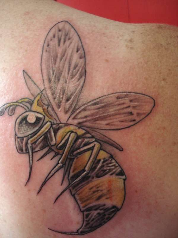 queen bee tattoo - photo #26