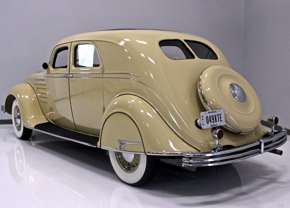 1934 Chrysler Airflow Cu Town Sedan Chrysler Airflow Chrysler