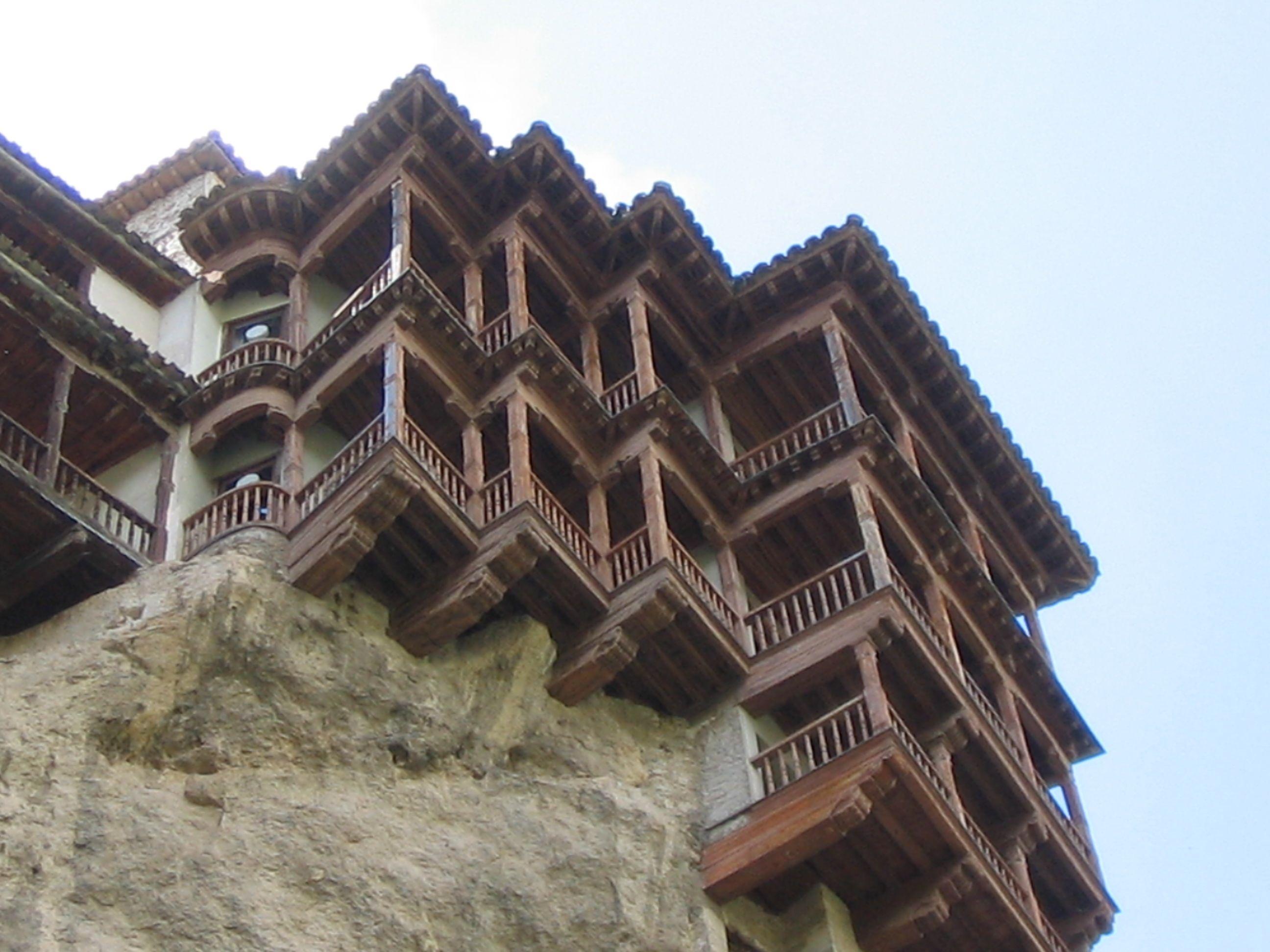 Las casas Colgadas de Cuenca, España. Son patrimonio de la humanidad y una atracción turística que hay que conocer.