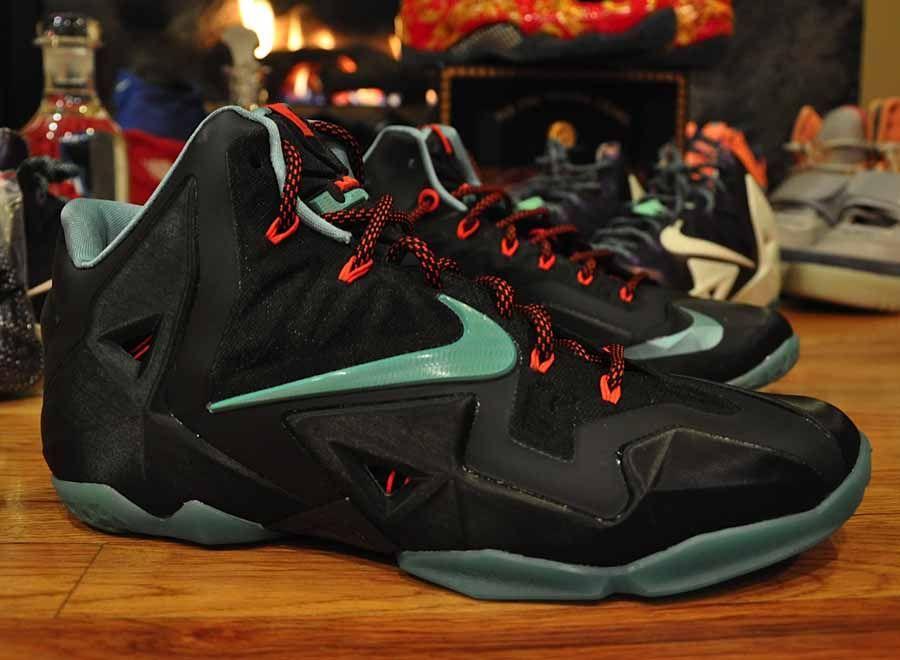 Nike LeBron 11 - Black - Red - Blue