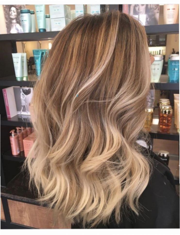 Blonde Frisuren Haare Ideen Lange Blonde Haare Stark Blonde Haare Frisuren Frisuren Ideen Id In 2020 Lange Blonde Haare Blonde Haare Langes Blondes Haar