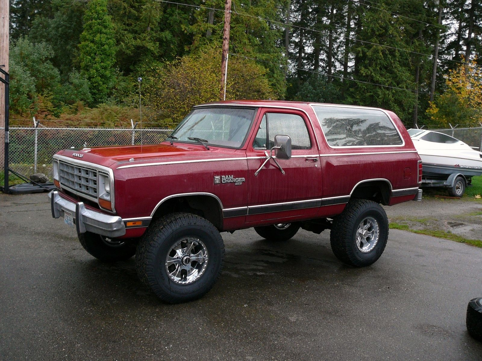 My dad had a ramcharger when i was little