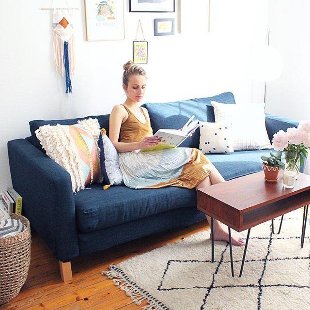 Diy Un Pompon En Tissu Pour La Deco Canape Ikea Customiser Canape Recouvrir Un Canape