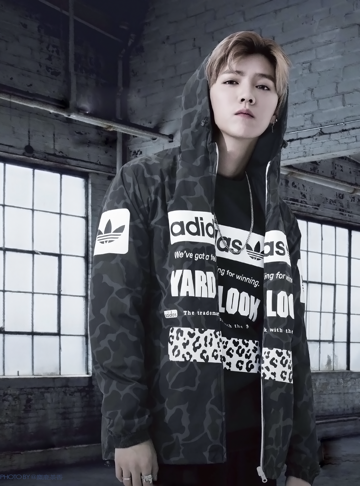 Lu Han 鹿晗 170913 Adidas Originals F W 2017 Ad Campaign Lu Han Cr 麋鹿茶香 Com Imagens Lu Han