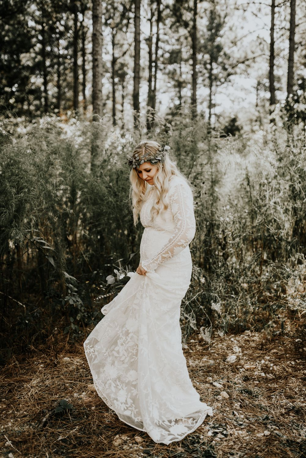 Indie boho bride intimate destination wedding photographer