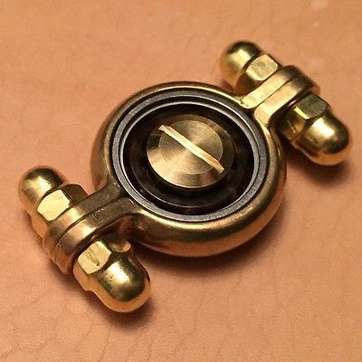 hand made brass fidget toy hand spinner with ceramic hybrid bearing 3 men lifestyle. Black Bedroom Furniture Sets. Home Design Ideas