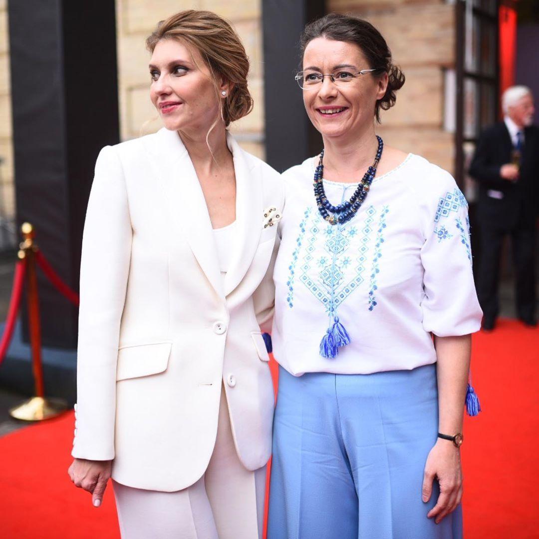 Елена Зеленская с Изабель Дюмон