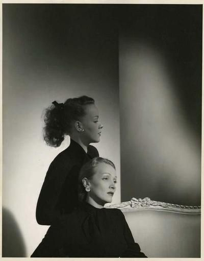 Marlene Dietrich and her daughter Maria Riva,1947.