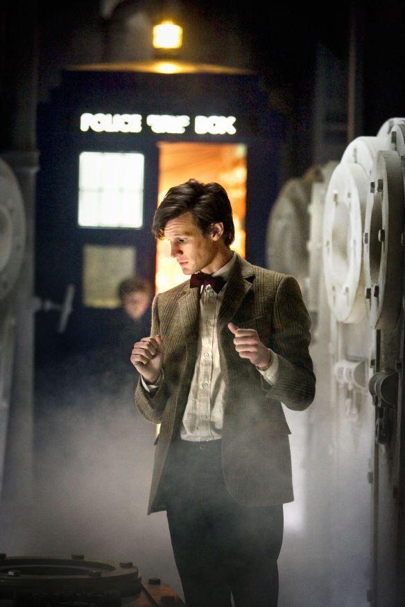 Doctor Who TV Series 5 Story 213 A Christmas Carol Special Christmas 2010  DVDbash