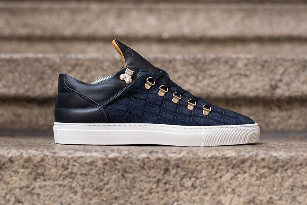 Filling Pieces Mountain Cut: Navy