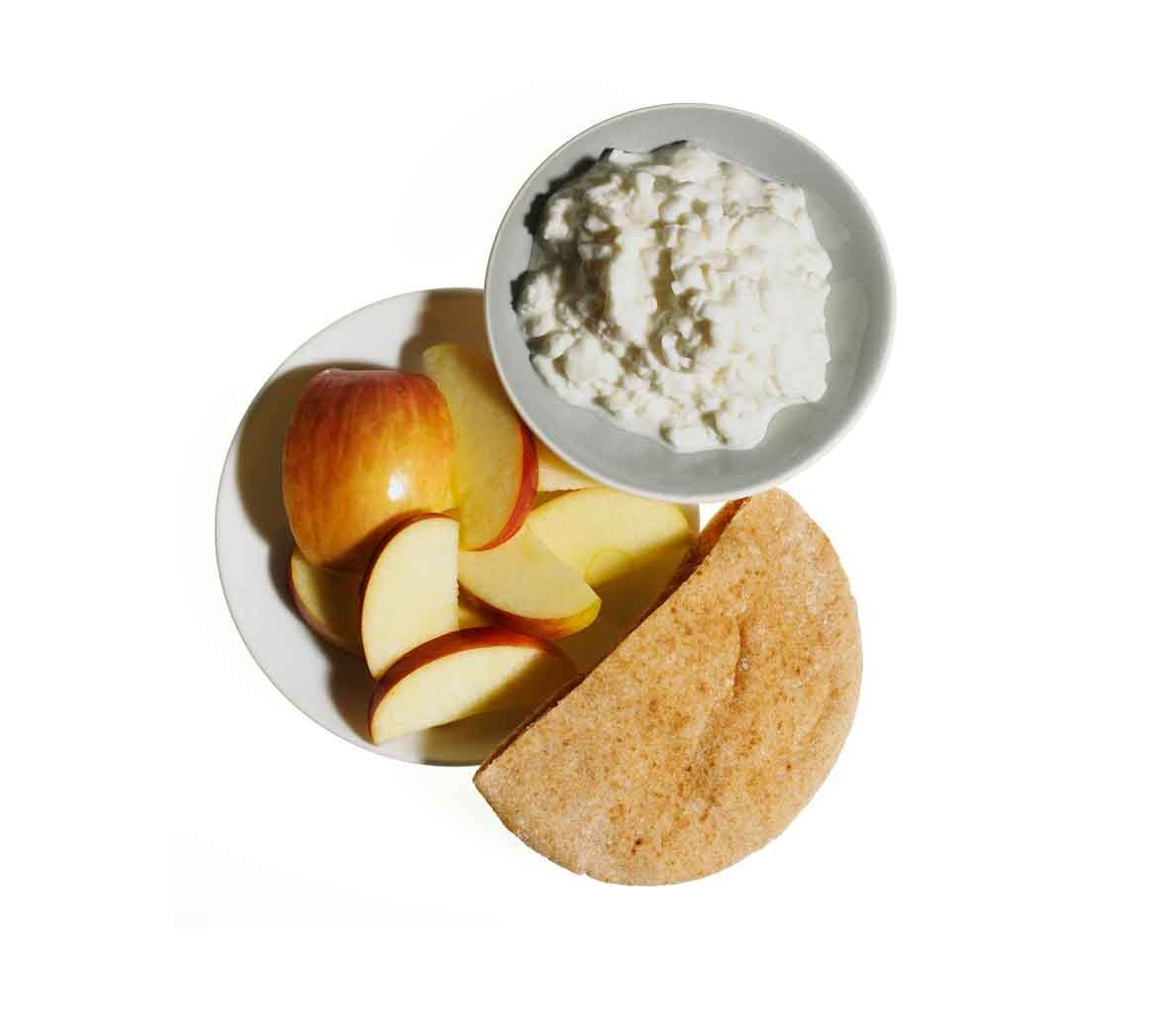 Before you hit the gym for an am workout, power up with one of these 8 high-energy foods.