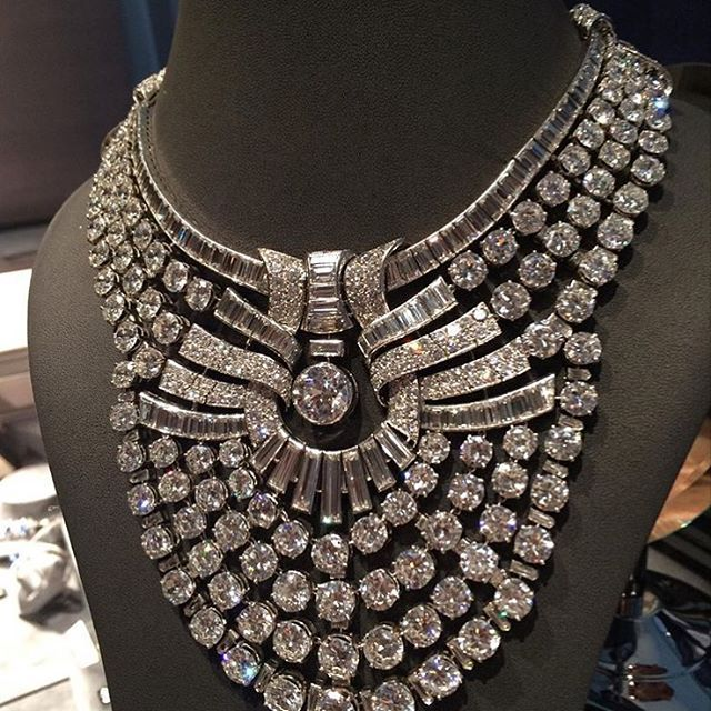 Most Sought After Antiques: This Outstanding Necklace...one Of The Most Sought After