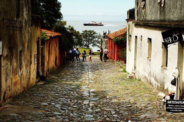 Calle De Los Suspiros Colonia Del Sacramento Uruguay Places To Visit Uruguay Tourism Best Places To Travel
