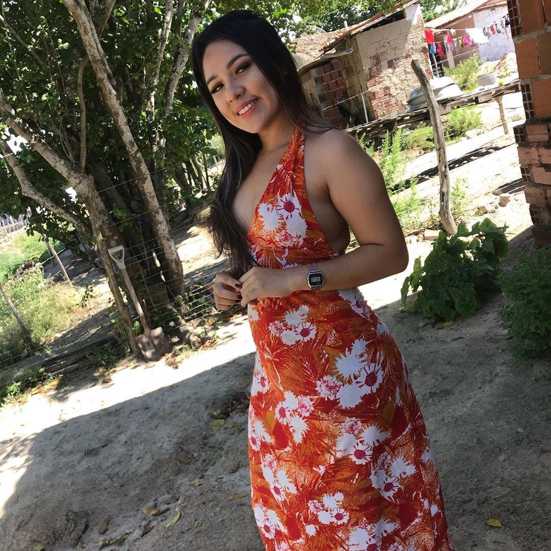 Floresça 🌺 . . . . . . . . .  #linda #moda #brasil #top #lookdodia #look #diva #estilo #instagood #b...