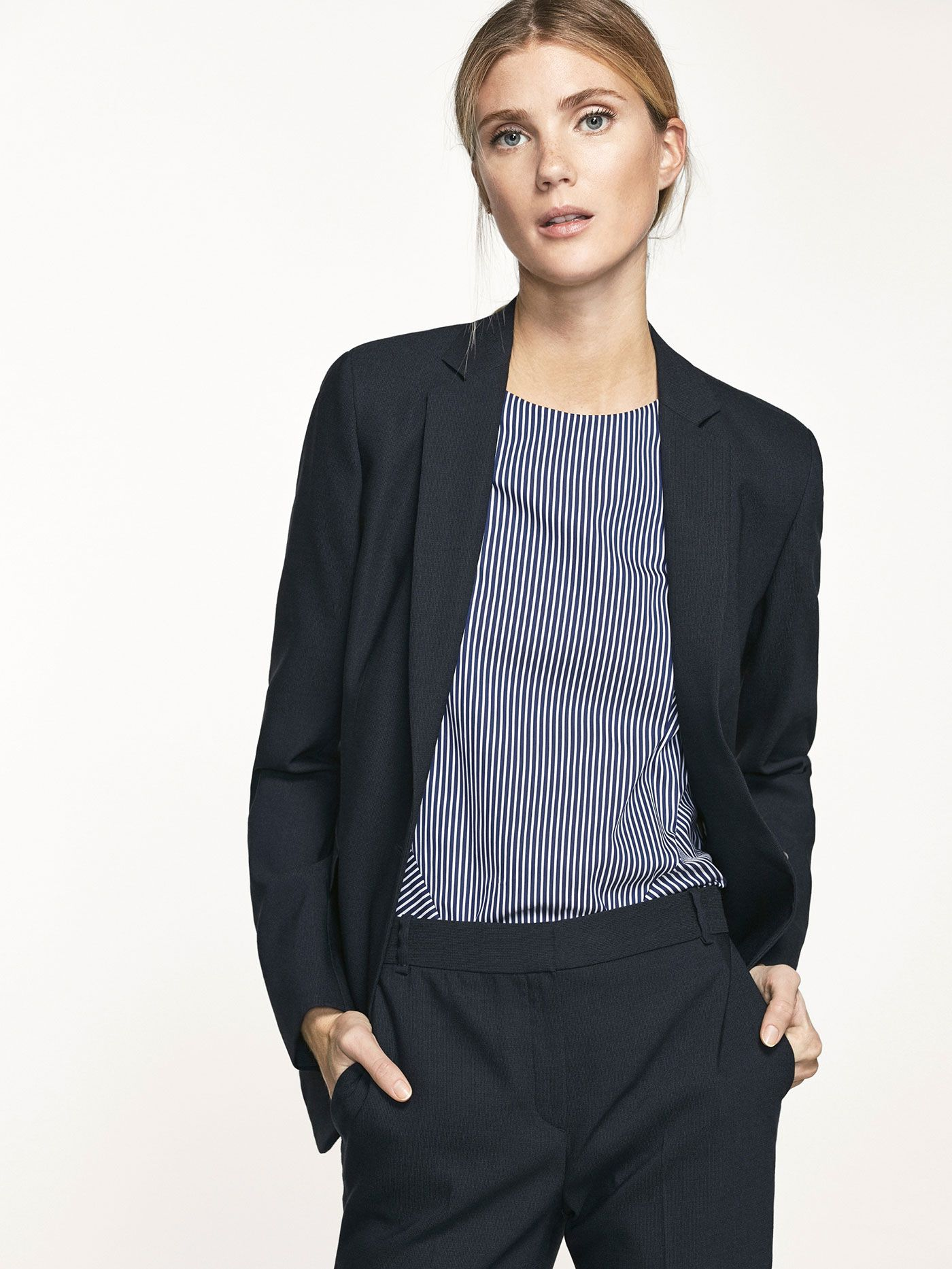 Autumn Winter 2017 Women´s NAVY BLUE SUIT JACKET at Massimo Dutti for 149.