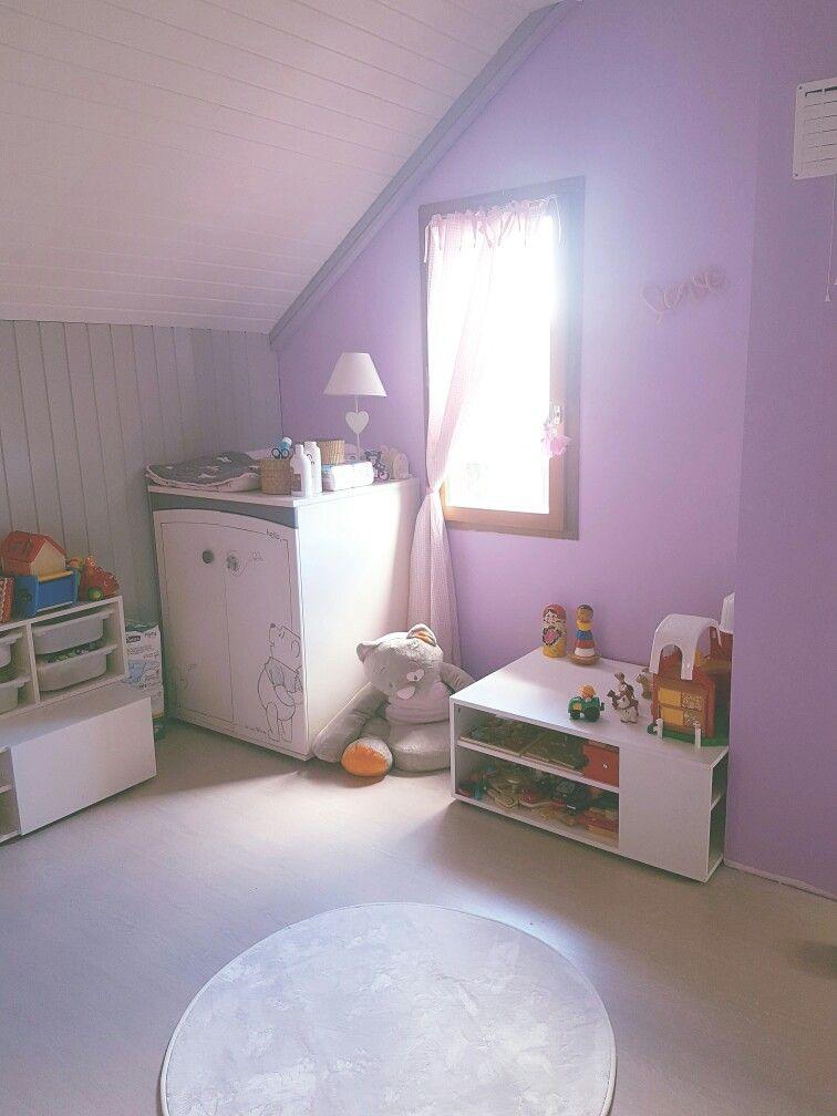 Chambre de Tina Montessori Parme blanc et gris Lambris repeint