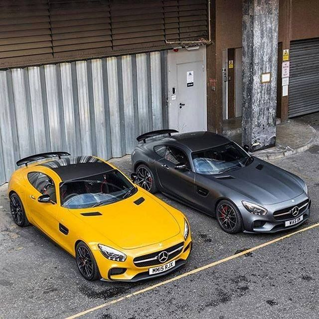 Left Or Right? #MBPhotoCredit: @adam_shah_ #Mercedes #Benz