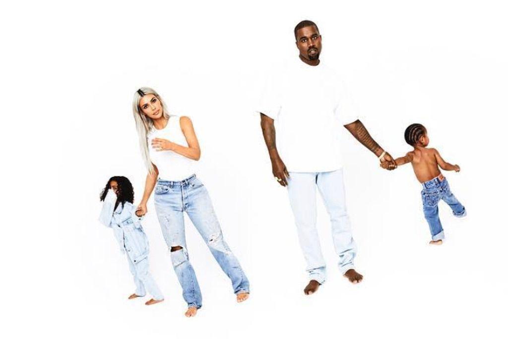Kardashian Xmas Card 2019 Kardashianxmascard2019 Kardashian Christmas Kardashian Christmas Card Kim And Kanye