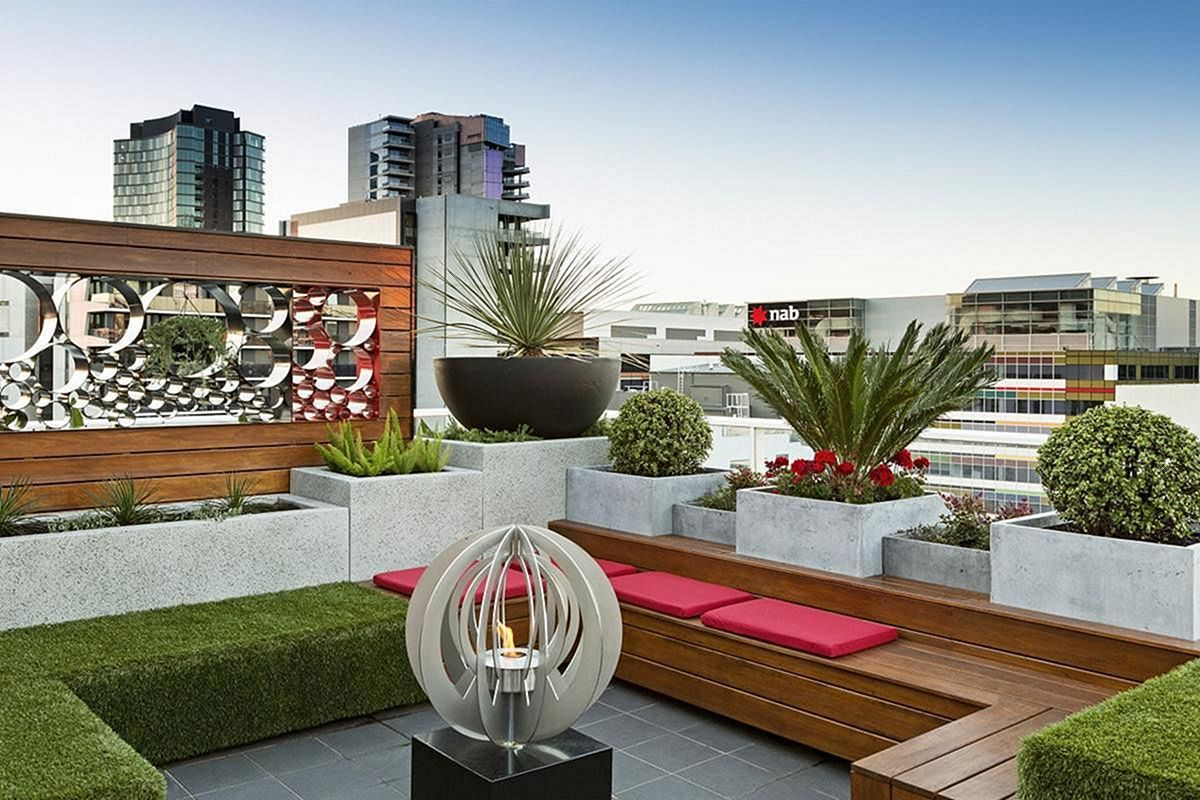 Nice 15 Wonderful Rooftop Garden Design For Your Amazing Home How Can You Create A Rooftop Garden Design The Rooftop Garden Is Garden Design Garden Outdoor Decor