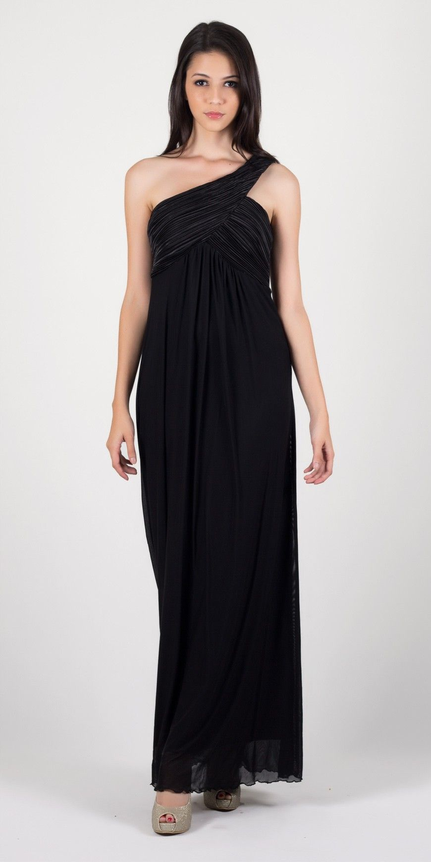 http://www.rarablack.com/store/index.php/shop/by-product/dresses/soiree-maxi-chiffon-with-bust-detailing.html