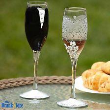 Glass Champagne Flutes 2 Wedding Toasting Glasses Bride /& Groom Glassware Decor