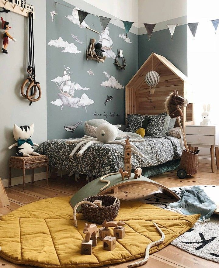 Children's room decor idea with mustard and grey. #kidsbedroomsandthings Children's room decor idea with mustard and grey. #girlrooms