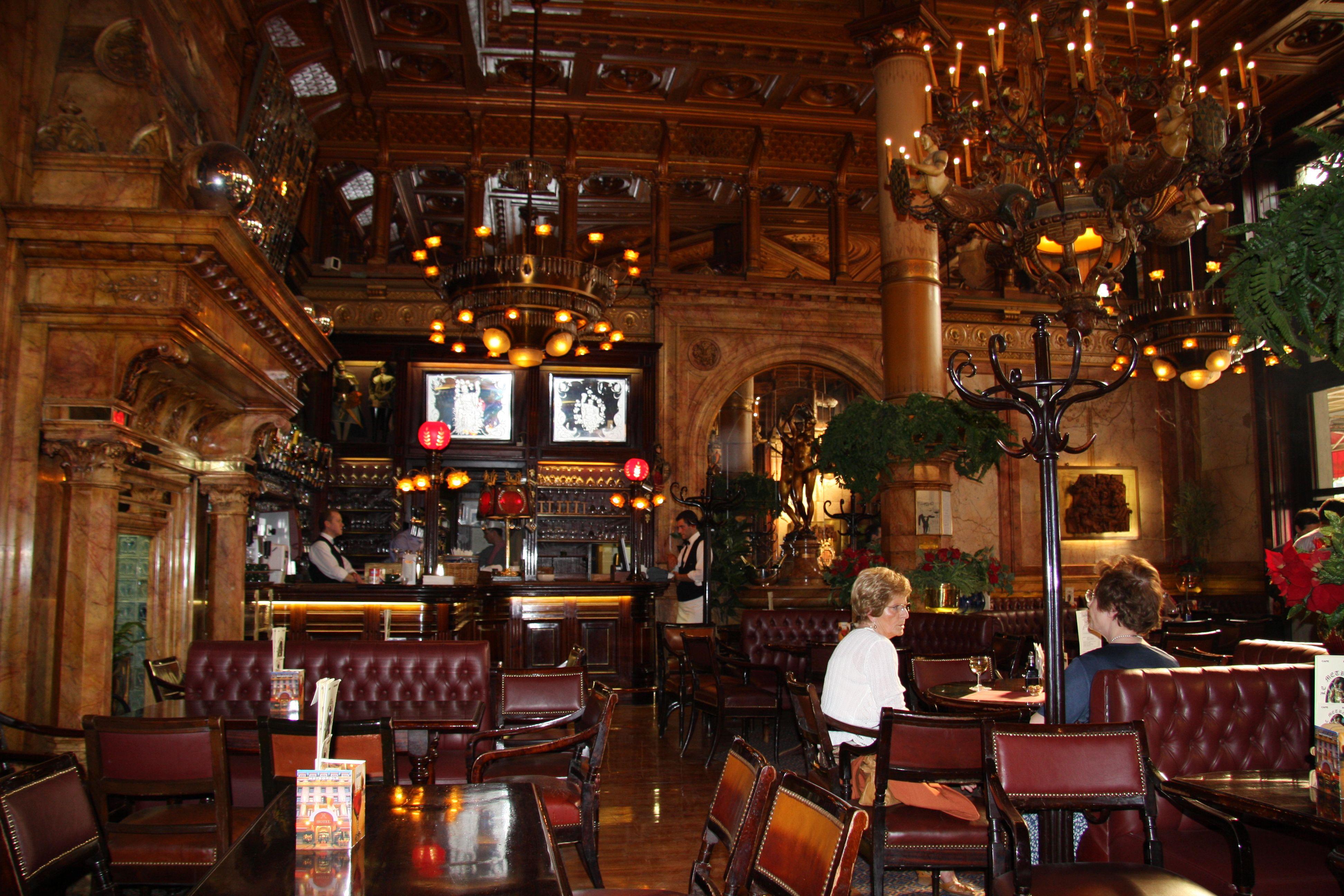 Inside cafe metropole in brussels allison rosick for Inside in french