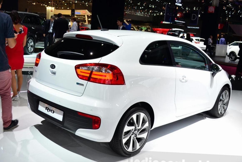 Kia Rio Hatchback Concept Http Autotras Com Kia Rio Kia Hatchback