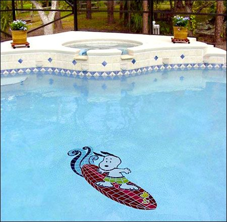 Snoopy pool mosaic!