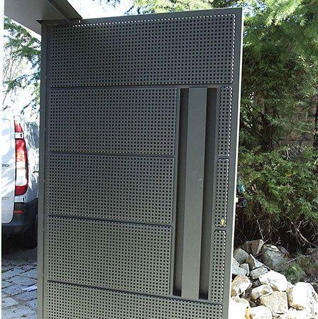 Puertas chapa perforad buscar con google vallado - Puertas chapa exterior ...
