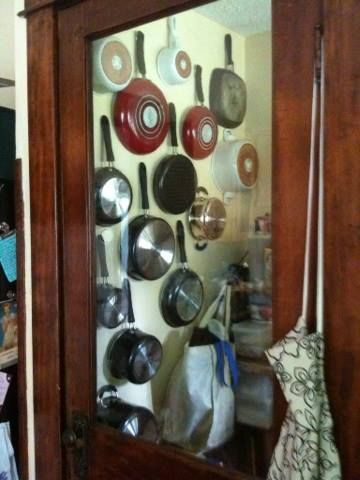 Excellent way to organize pots and pans!