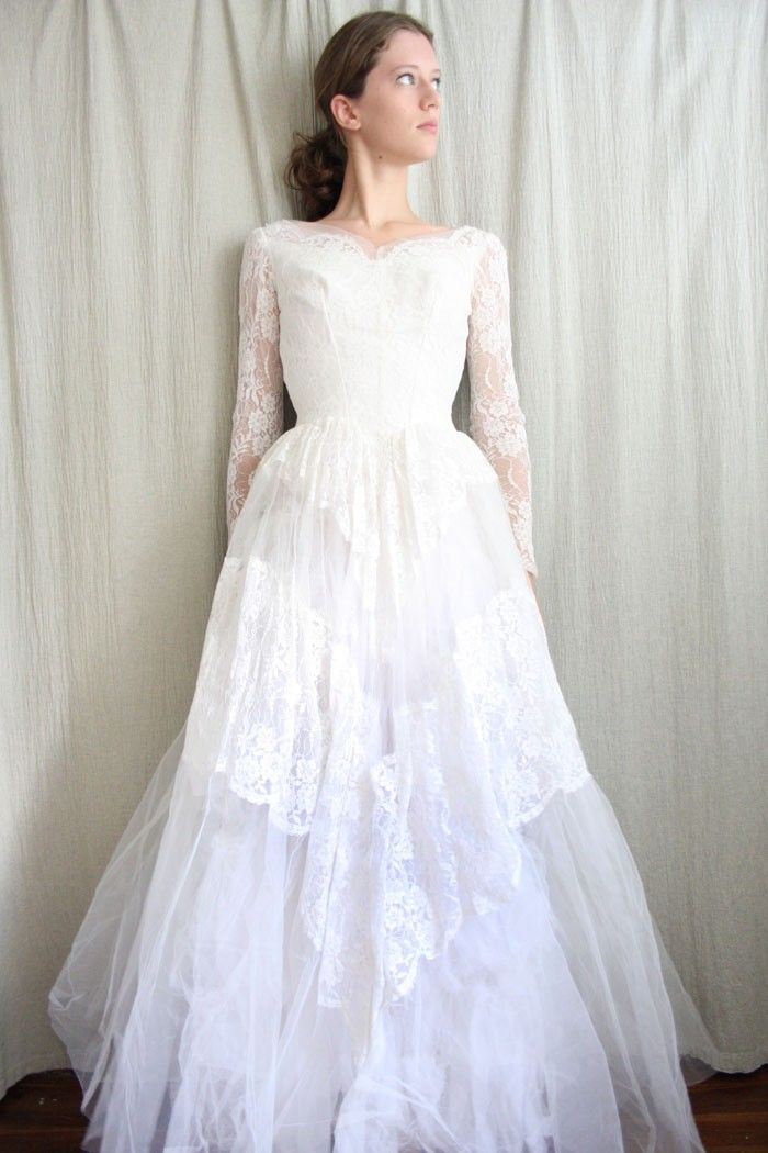 25 Stunning Lace Wedding Dresses Ideas | Vintage lace wedding ...