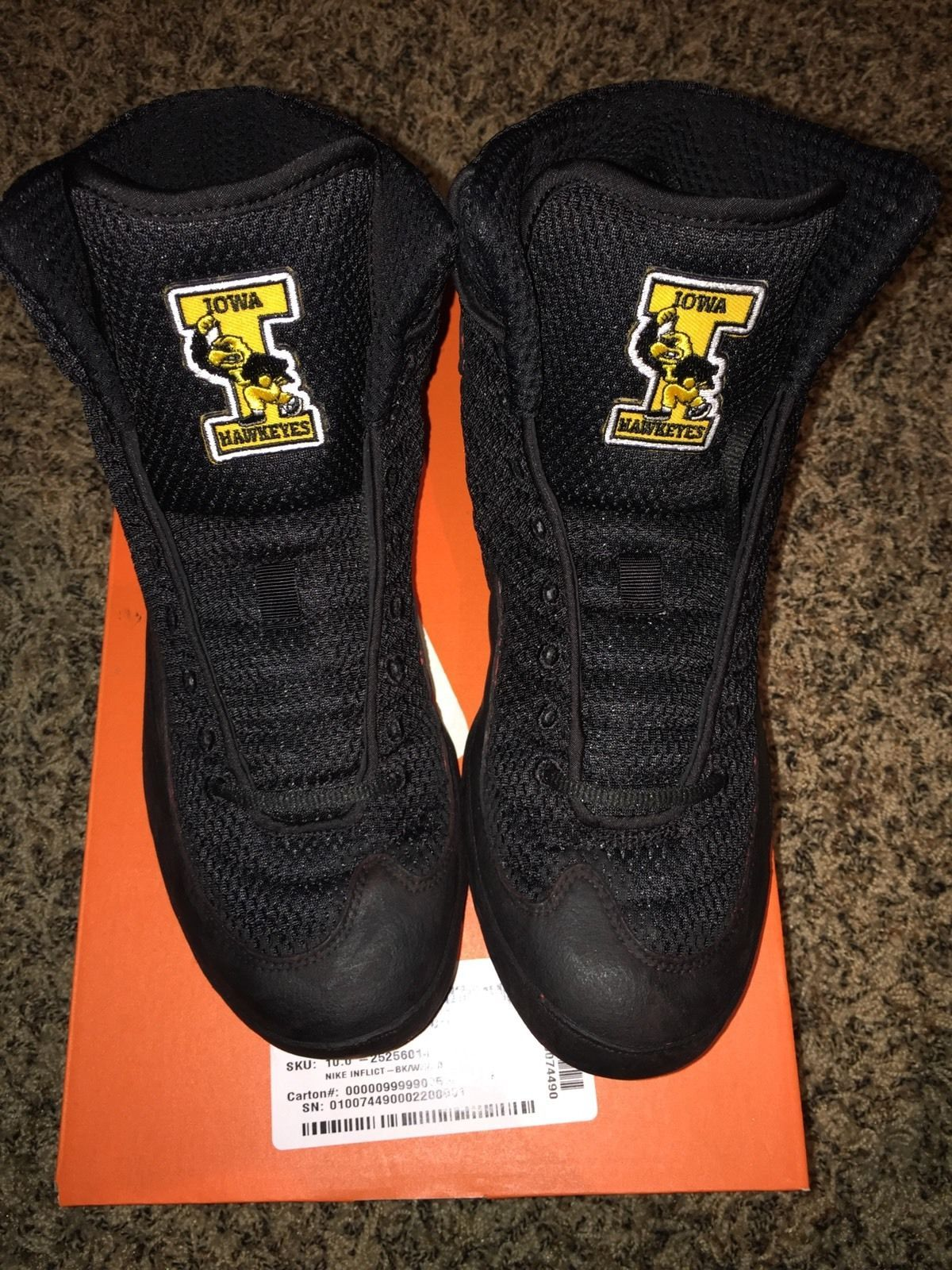 Iowa Hawkeyes Nike Inflict Wrestling Shoes  82c33297a
