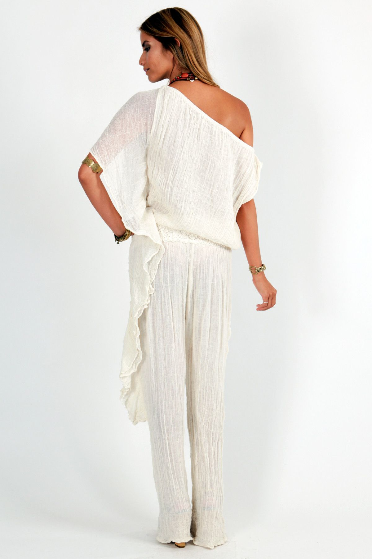 Chilean jasmine jumper from jenus pirate booty white style
