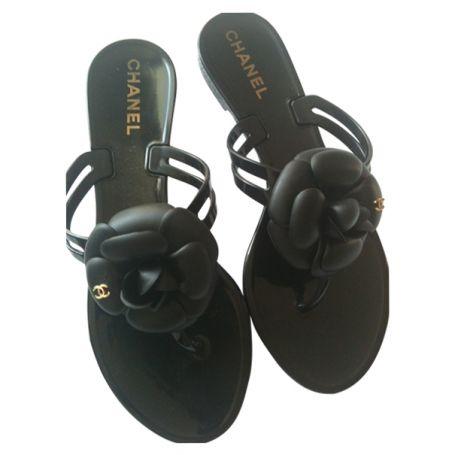 Camelia-nu-feet-CHANEL-Black