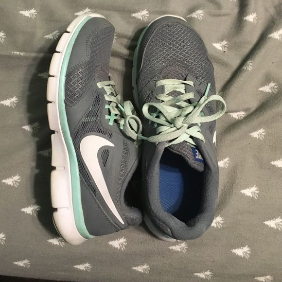 CLEAROUTNike Flex Experience Run 3 Still in decent condition. Some of the color came off the left shoe and fabric is a little ripped in the left shoe, but other then that, they're fine. Mint blue. Nike Shoes Athletic Shoes