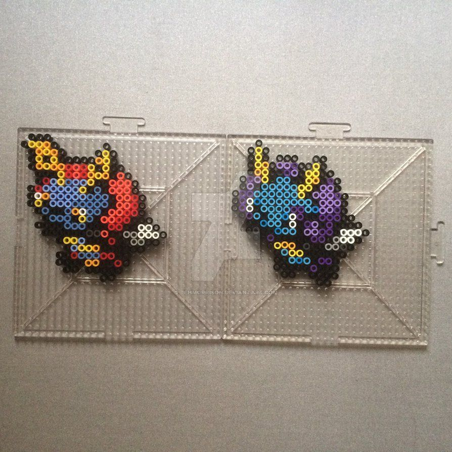 Perlers of Ghastly and his evolutions, including Mega Gengar Perlers made using menusprites from Gen 6 as a reference. It was really fun to do finally do my favorite pokemon family Haunter <3 Po...