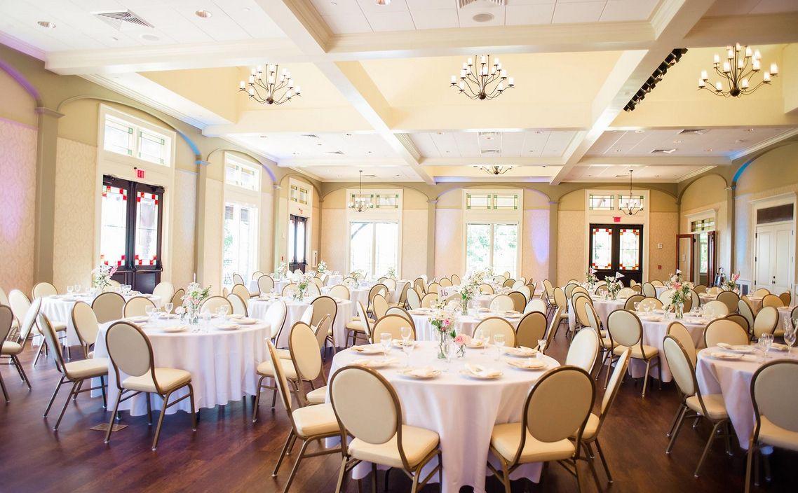 Find Burritt On The Mountain Wedding Venue One Of Best Wedding Venues In Huntsville Al Mountain Wedding Mountain Wedding Venues Wedding Venues