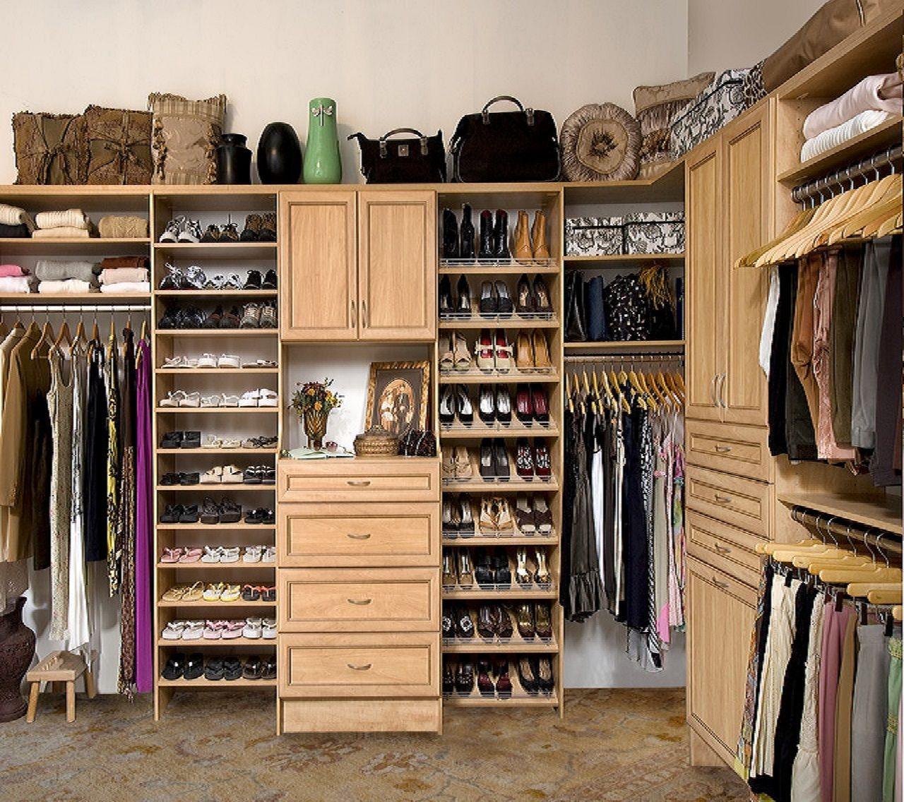 int. walk in closet med #episodeinteractive #episode size 1280 x